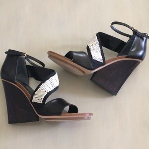 Maiyet wedge